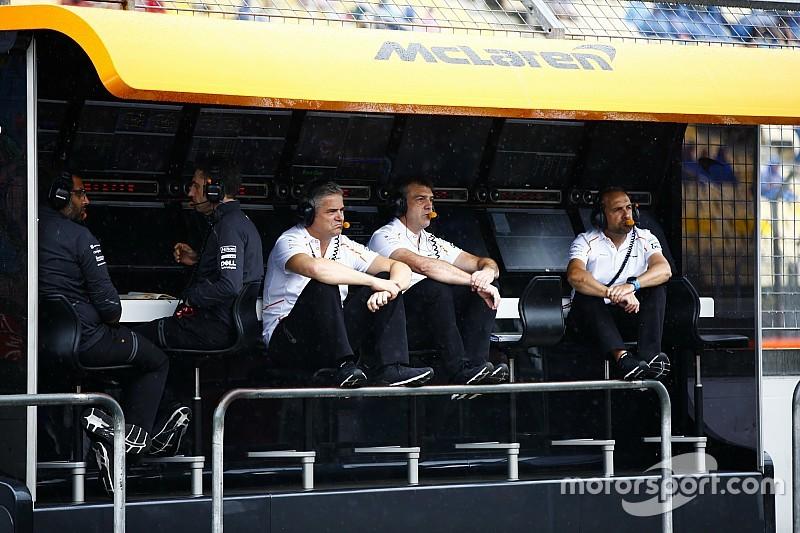 McLaren оголосить ім'я напарника Сайнса до кінця вересня