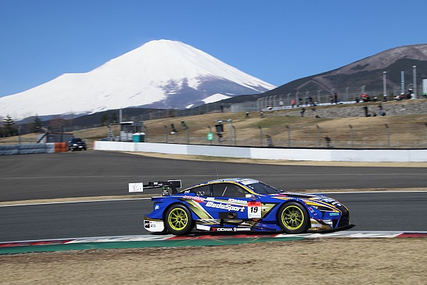 Super GT Lexus holds 1-2-3 as Super GT testing ends
