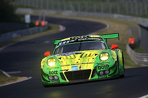 Endurance Gara La Porsche trionfa alla 24H del Nurburgring in un finale thriller