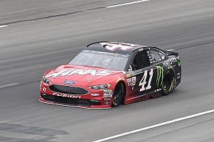 NASCAR Cup Reporte de calificación Kurt Busch se queda con la pole  en Texas
