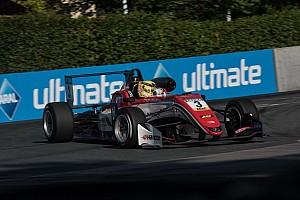 فورمولا 3 الأوروبية تقرير السباق فورمولا 3: غونتر يفوز بالسباق الأوّل في نوريسرينغ مستفيدًا من تصادم نوريس وهيوز