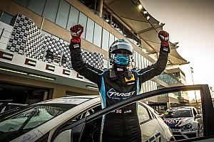 TCR Middle East Gara Files completa il weekend perfetto vincendo anche Gara 2 di Abu Dhabi