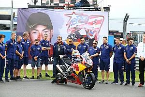 World Superbike Top List GALERI: WorldSBK gelar one minute silence untuk Hayden