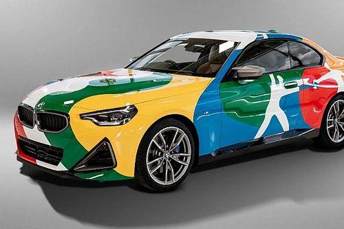 A 2022-es BMW M240i Coupe a német és a mexikói zászló színeibe bújt