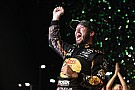 NASCAR Cup Martin Truex Jr. fends off Kyle Busch to win 2017 NASCAR Cup title