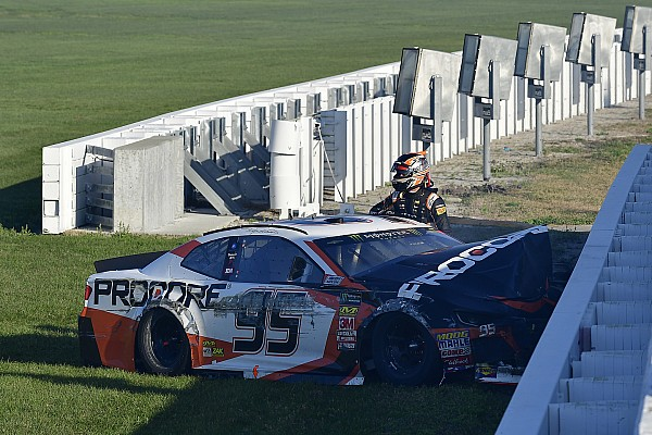 NASCAR Cup Commentary Could a change of crew chiefs also change Kasey Kahne's fortunes?
