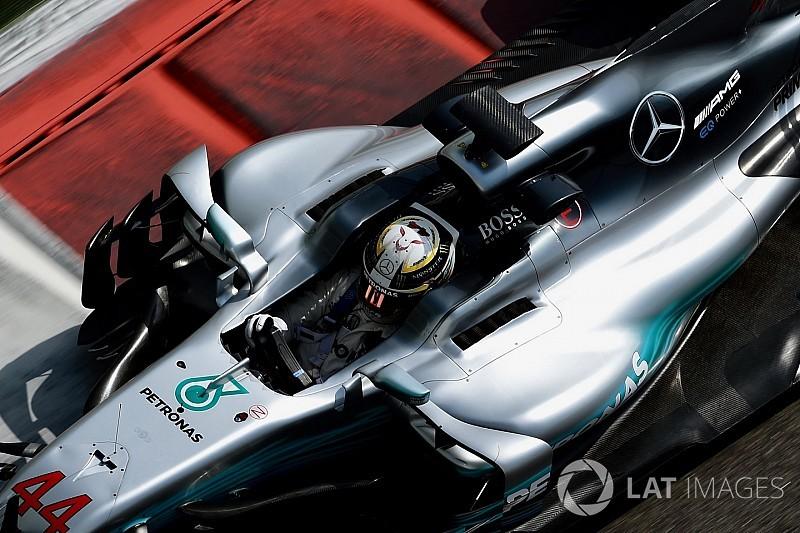 """Hamilton dice que el coche 2017 ha sido """"el más difícil"""" de su carrera"""