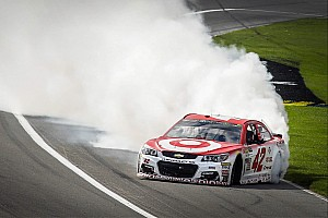 NASCAR Cup Special feature Roundtable - Larson's speed, Johnson's struggles and looking ahead