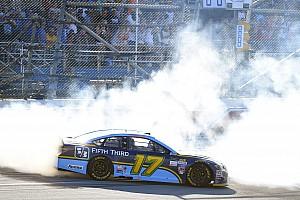 NASCAR Cup Rennbericht NASCAR in Talladega: 1. Sieg für Ricky Stenhouse bei doppelter Flugeinlage