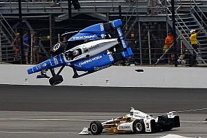"""IndyCar Noticias de última hora Castroneves sobre el accidente: """"Estaban volando. Me agaché y cerré los ojos"""