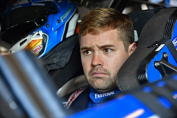 Ricky Stenhouse Jr. rallies at Loudon to stay in playoff hunt