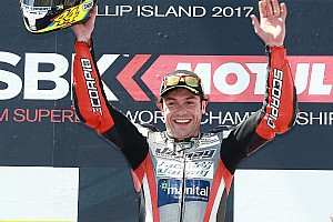 Supersport Gara Rolfo, che vittoria a Phillip Island: battuto Mahias per 1 millesimo!