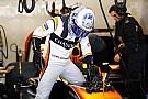 Honda pas fiable, Alonso a passé la matinée à jouer au tennis!