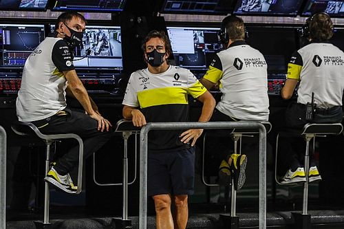 Alonso beilleszkedése egyáltalán nem olyan egyszerű az Alpine-nál
