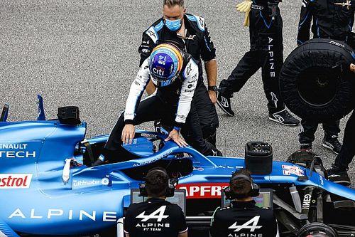 Alpine переделает рулевой усилитель из-за Алонсо