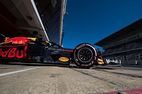 Формула 1 Новость В Red Bull рассчитали допустимое отставание от Mercedes