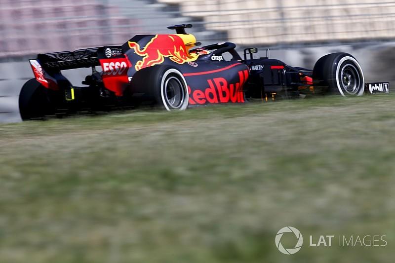 Három F1-es Red Bull száguldott Hollandiában: DC, Max és Ricciardo