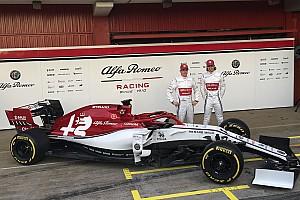 Alfa Romeo Racing, 2019 F1 aracının örtüsünü indirdi!