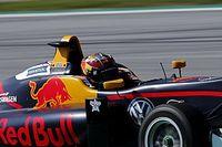 De Silvestro propone un programa estilo Red Bull frente a la categoría femenina
