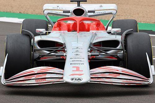 "Ricciardo clarifies ""shit"" F1 2022 launch car remarks"