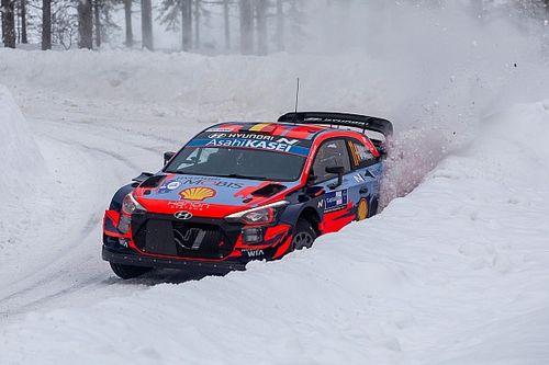 WRC, Rally Arctic, PS3: Neuville vede il podio. Solberg super!