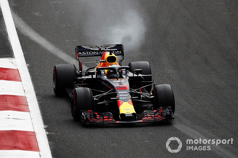 Renault let its own staff down, says Horner