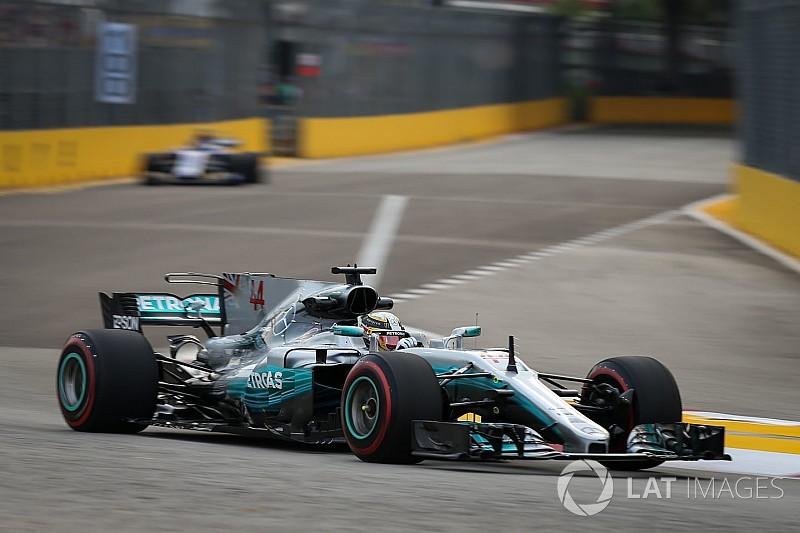 Hamilton: Mercedes'in zayıf yönleri 2018'den önce düzelmeyecek
