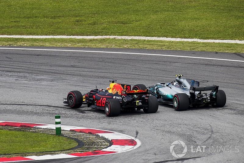 """Chefe elogia ultrapassagens """"sublimes"""" de Ricciardo"""
