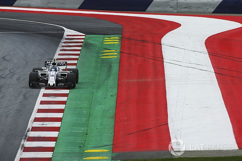 FIA изменила поребрики на «Ред Булл Ринге» после жалоб гонщиков