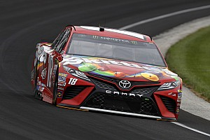 Kyle Busch takes Brickyard 400 pole over Kevin Harvick