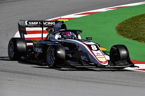 Barcelona F3: Smolyar takes maiden win after safety car finish
