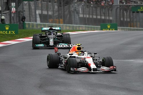 Horner voelt momentum in F1 van Mercedes naar Red Bull verschuiven