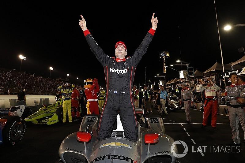 Пауер виграв гонку IndyCar на Гейтвеї і зберіг шанси на титул