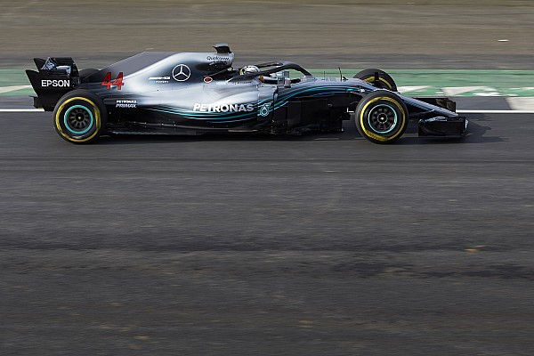 Формула 1 Важливі новини У Mercedes пояснили рішення залишити довгу базу машини