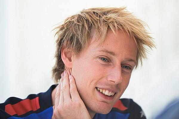 Malgré les rumeurs et son crash, Hartley