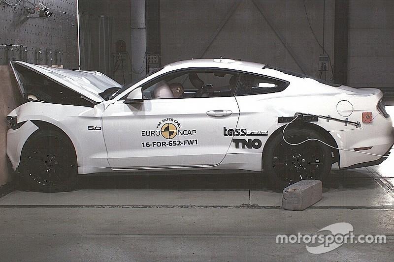 Vidéo - Des crash-tests catastrophiques pour la Ford Mustang