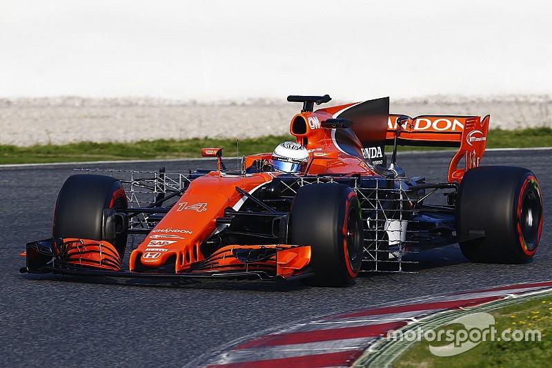 F1-Test Barcelona: McLaren mit technischen Problemen