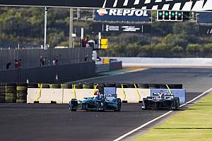 Формула E Новость На тестах Формулы Е установили шикану. Гонщики в недоумении