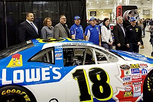 NASCAR Canada Breaking news Tagliani adds Lowes as sponsor for Pinty's Series effort