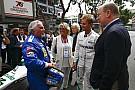 Fórmula 1 Nico Rosberg diz que foi difícil levar pai de volta à pista