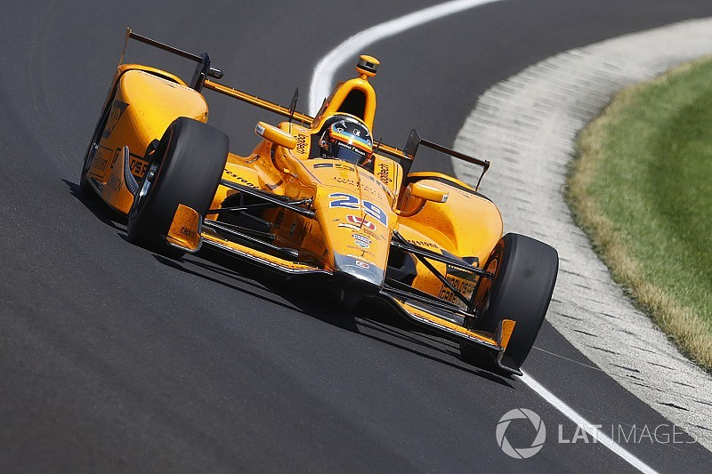 alonso favours indycar like orange for 2018 mclaren f1 car. Black Bedroom Furniture Sets. Home Design Ideas