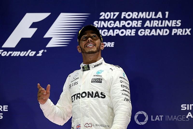 """Hamilton: """"Quando vi chuva de manhã, pensei: 'Fantástico"""""""