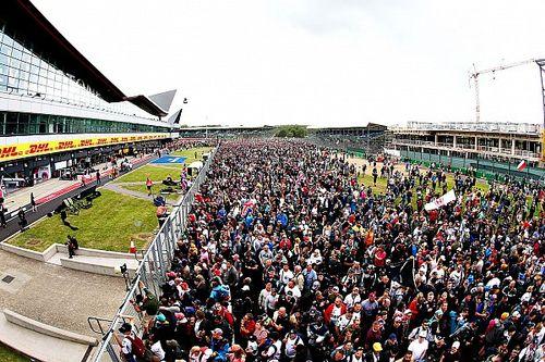 Silverstone wil Britse GP uitverkopen en steunt vaccinatiepaspoort