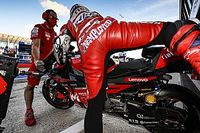 Dovizioso: 'Unemployed' message on leathers is a bet I lost