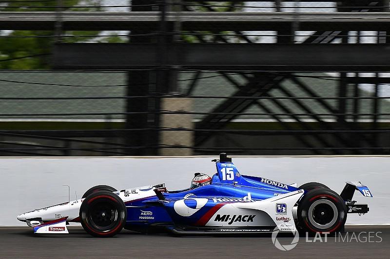 Indy 500: Rahal lider, Hildebrand duvara çarptı