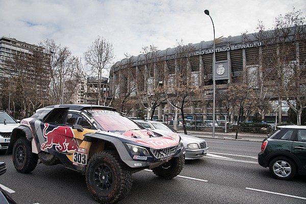 «Дакар» на улицах Мадрида. Карлос Сайнс отпраздновал победу дома