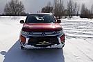 Тест-драйв: занесений снігом Mitsubishi Outlander
