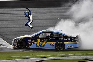 NASCAR Cup Rennbericht NASCAR 2017 in Daytona: Ricky Stenhouse Jr. holt 2. Saisonsieg