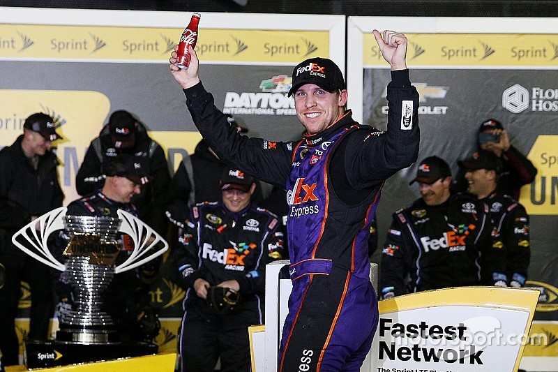 Hamlin gives Joe Gibbs Racing fourth Unlimited win in five years