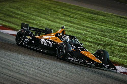 Пилот McLaren вышел в лидеры серии IndyCar